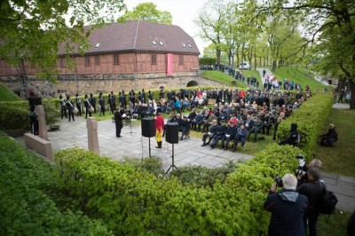 Ceremonies on Thursday also honoured members of the Norwegian resistance forces during World War II, here at the site where many executed on the grounds of the Akershus Fortress and Castle. PHOTO: Forsvaret