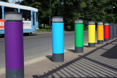 City trams and also the US Embassy will be sporting rainbow colours for the next week, in support of the annual EuroPride festival starting in Oslo Friday evening. PHOTO: US Embassy