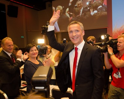 Former Prime Minister Jens Stoltenberg waves to political colleagues when stepping down as long-time leader of Norway's Labour Party. He'll take on a new job this autumn, as secretary general of NATO. PHOTO: Arbeiderpartiet