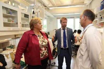 Health Minister Bent Høie (center) on a recent health care excursion with Prime Minister Erna Solberg. PHOTO: Helse- og omsorgsdepartementet.