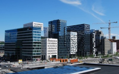 Oslo has risen to new heights in many way over the past few decades, and now, tucked just behind this new skyline as seen from the roof of the Opera House, is the capital's first restaurant to win three Michelin stars. PHOTO: newsinenglish.no
