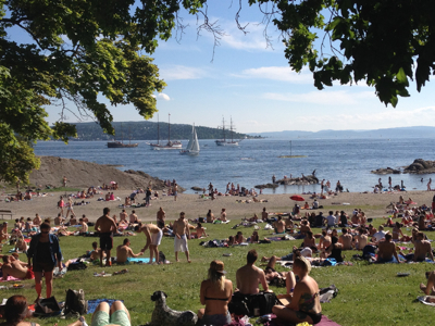 Oslo was already experiencing beach weather by the end of May, with residents flocking to Huk beach to soak up the sun. Weather service Yr reported it was Norway's hottest spring on record. The fine weather continued throughout the pinse holiday, Norwegians' last long weekend until Christmas. PHOTO: Emily Woodgate/newsinenglish.no