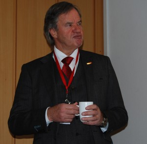 Norwegian CEO Bjørn Kjos and his fellow executives have consistently refused to compensate passengers for most of the delays on its Dreamliner service. Now Kjos, who continues to plan more route expansion with the Dreamliners, is being challenged in court. PHOTO: newsinenglish.no/Nina Berglund