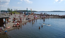 Warm weather sets new records