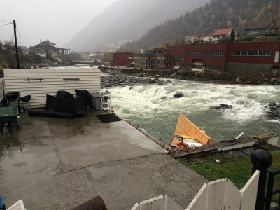 Flood damage in Odda and many areas can have been exacerbated by the local tendency to build too close to rivers and fjords, because of the scarcity of level land in Norway's narrow valleys. PHOTO: Statsministerens kontor