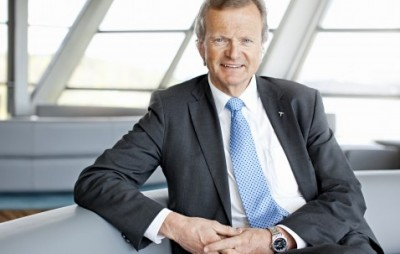 "Telenor's CEO, Jon Fredrik Baksaas, finally revealed more about the ""differences"" he claims exists between TeliaSonera's dealings in Uzbekistan and Telenor's. Critics say that TeliaSonera and VimpelCom, in which Telenor owns a large stake, gained access to the Uzbekistan market in the same way, by making large payments to a company in Gibraltar that investigators suspect were bribes. PHOTO: Telenor"