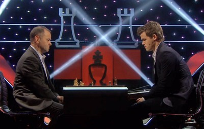 The president of the Norwegian Parliament, Olemic Thommessen, was among those challenging Magnus Carlsen back home in Norway Sunday night. PHOTO: NRK