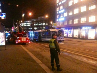 A tram derailed in downtown Oslo Tuesday evening after being hit by bus. Around a dozen people on board were injured, four of them seriously. PHOTO: newsinenglish.no