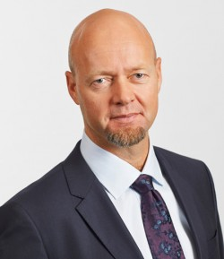 Some environmentalists claim oil fund boss Yngve Slyngstad has downplayed the fund's coal holdings. Fund officials say he has not. PHOTO: NBIM