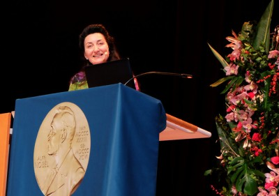 May-Britt Moser of the Norwegian University of Science and Technology (NTNU) in Trondheim, delivering her humourous and entertaining Nobel Lecture in Stockholm on Sunday. PHOTO: NTNU/Gunnar K Hansen