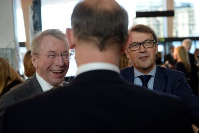 Investor Jens Ulltveit-Moe (left) and former Hydro CEO Eivind Reiten are among those who see no crisis for the Norwegian economy despite the dive in oil prices.