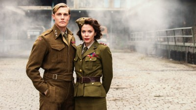 The main characters in the series are Professor Leif Tronstad, who was the brains behind the sabotage action at Vemork, and Julie Smith, an English captain who helped put the operation together. Tronstad was real, while Smith is a fictitious blend meant to depict women's wartime contributions. PHOTO: NRK/Filmkameratene