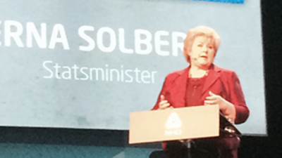 Prime Minister Erna Solberg, shown here speaking at NHO's annual conference on Thursday, agreed with the need for more state support for the cities. PHOTO: Statsministerens kontor