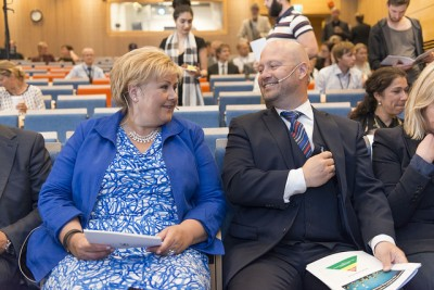 Prime Minister Erna Solberg of the Conservative Party and Justice Minister Anders Anundsen of the Progress Party want to lengthen the time it takes to secure permanent residence in Norway. PHOTO: Justis- og beredskapsdepartementet