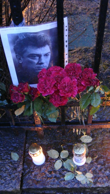 An impromptu memorial to slain Russian opposition leader Boris Nemtsov appeared outside the Russian Embassy in Oslo during the weekend. PHOTO: newsinenglish.no