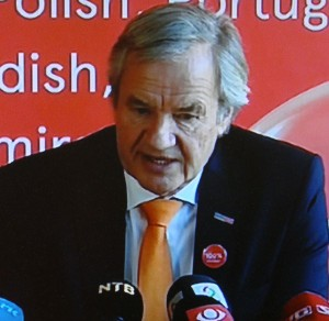 An embattled and weary Norwegian Air CEO, Bjørn Kjos, at Wednesday's press conference. PHOTO: newsinenglish.no