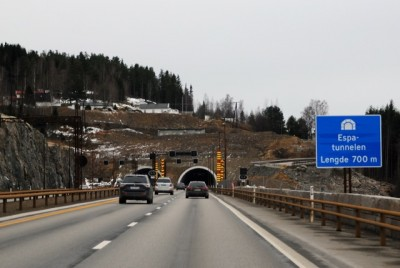 Some of Norway's highways have been improved, like here on the E6 along Mjøsa, but lots loom. They're competing, however, for funding with public transportation projects that often have priority. PHOTO: newsinenglish.no