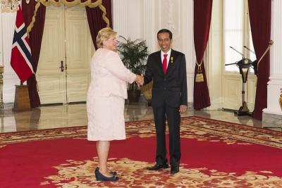 Indonesian President Joko Widodo rolled out the red carpert for Norwegian Prime Minister Erna Solberg in Jakarta this week. PHOTO: Øystein L Andersen/Ambassaden i Jakarta
