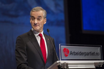 Labour Party leader won loud applause when he declared at his party's annual meeting last month that Norway should take in 10,000 Syrian refugees over the next two years. Now his party has lost support in public opinion polls and local political leaders aren't responding to the call to take in more refugees. PHOTO: Arbeiderpartiet
