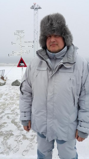 """Dmitry Rogozin was eager to brag about his stopover on Svalbard during the weekend, posting this photo on social media and reportedly claiming that Russia would """"make the Arctic our own."""" His presence on Svalbard where Norway has sovereignty defied EU sanctions against him that Norway also has adopted, making him unwanted in Norwegian territory. Norway has demanded an explanation from the Russian ambassador in Oslo. PHOTO: Twitter"""