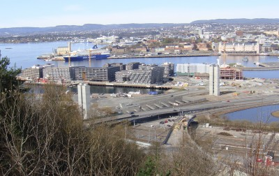 """Important commercial centers in Oslo and west to Bærum and Asker are seeing more vacant office buildings and a decline in leasing rates. That's a """"good indicator"""" of an economic slowdown, says one economist, while top state officials still aren't overly concerned. PHOTO: newsinenglish.no"""