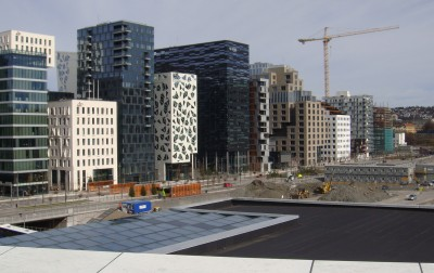 Oslo's ambitious waterfront redevelopment has been rising at Bjørvika but new projects are threatened by the area's muddy foundations. At right, the site of the new Munch Museum. PHOTO: newsinenglish.no