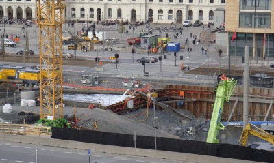 Construction of Oslo's new main public library has ground to a halt, and the site remains a gaping hole in the ground. The project is already at least NOK 382 million over budget and delayed by at least two years. PHOTO: newinenglish.no