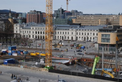 This building site at Bjørvika was chosen for Oslo's new main public library, but the project has been plagued by delays and rising costs. PHOTO: newsinenglish.no