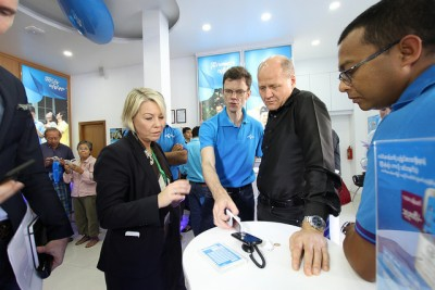 Brekke (in black shirt) during a visit to Telenor's new operations in Myanmar with Norwegian Trade Minister Monica Mæland (left). PHOTO: Nærings- og fiskeri departementet/Trond Viken