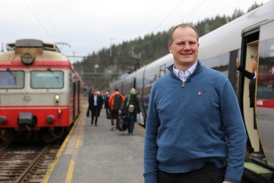 Transport Minister Ketil Solvik-Olsen is launching a major reorganization of Norway's rail system with the aim of getting more out of the state's investment in public transport. PHOTO: Samferdselsdepartementet