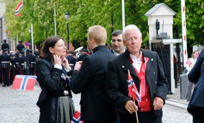 Carl I Hagen, shown here with a Norwegian flag at the last national day celebrations, claims he's not out of touch with voters, just ahead of his time. PHOTO: newsinenglish.no
