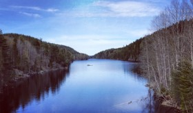 The hills and forests east of Oslo are full of long lakes and relatively untouched areas to this east of this dam at Nord Elvåga. PHOTO: newsinenglish.no