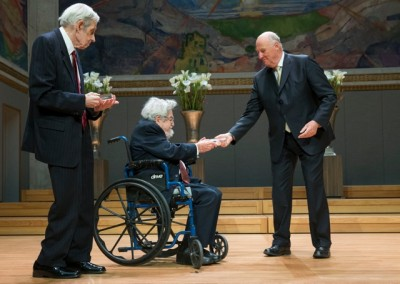 John Nash (left) and Louis Nirenberg receiving the Abel Prize in Mathematics from King Harald last week. PHOTO:  Norwegian Academy of Science and Letters/NTB Scanpix
