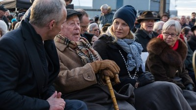 "Samuel ""Sammy"" Steinmann, second from left, took part in the annual memorials on Holocaust Day in January. At far left, government minister Jan Tore Sanner, and on Steinmann's left, Crown Princess Mette-Marit. At far right sat Annelise Høegh, a longtime policitian for the Conservative party who also was the widow of Norway's former president of the Parliament, Jo Benkow, who was Jewish himself. Høegh died of cancer earlier this spring. PHOTO: Kommunal- og Moderniseringsdepartmentet/Agnar Kaarbo"