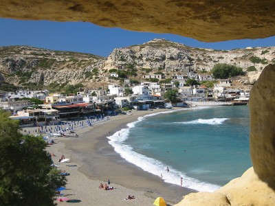 Record numbers of Norwegian tourists are bound for summer holidays on Greek islands this year, unworried by the Greek debt crisis and uncertainty surrounding use of the euro. PHOTO: Wikipedia Commons