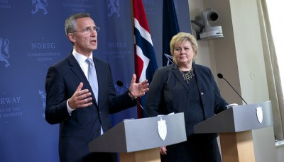 Jens Stoltenberg, secretary general of NATO, won some welcome assurances of support from Prime Minister Erna Solberg. PHOTO: Statsministerens kontor