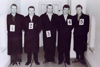 This photo from 1957 shows the police line-up of suspects in the murder of a teenager in Oslo. Fredrik Fasting Torgersen, later convicted in what many consider a miscarriage of justice, was #3 in the middle. PHOTO: Politi/Wikipedia Commons