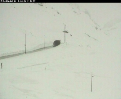 It was even worse on Highway 134 over Haukelifjell, which also had to close again on Tuesday. PHOTO: Statensvegvesen web camera