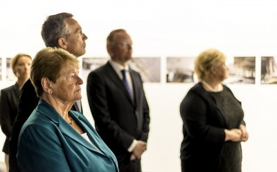 Former Labour Prime Minister Gro Harlem Brundtland joined Jens Stoltenberg for a tour of the new July 22 information center located at the site of their old office that was bombed in the attacks four years ago. PHOTO: KMD/Tore Fjeld