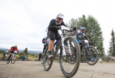 """Cyclists in the annual race """"Birkebeinerrittet"""" should slow down, according to owners of holiday cabins in the area where the race is held. PHOTO: Birken AS/Geir Olsen"""