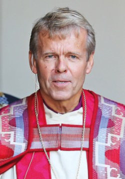 Bishop Per Arne Dahl disappointed gays and lesbians on Monday when he said he would not perform same-sex marriage ceremonies and instead viewed marriage as a relationship between a man and a woman. PHOTO: Den norske kirken