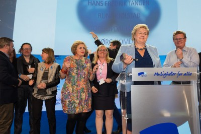 Prime Minister Erna Solberg started revving up her troops last spring at the party's annual meeting. Fourth from left is the incumbent mayor of Bergen, Trude Drevland, who's among those running for reelection. PHOTO: Høyre