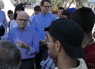 Government Minister Vidar Helgesen came face to face with the refugee crisis during a recent visit to the Greek island of Lesvos, where hundreds are landing every day. PHOTO: Utenriksdepartementet