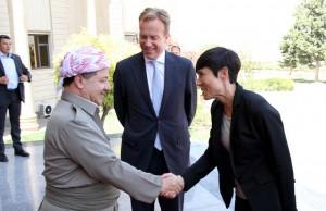 Foreign Minister Børge Brende (center) and Defense Minister Ine Eriksen Søreide (right) meeting KRG President Massoud Barzani in Erbil, Northern Iraq, on Monday. PHOTO:Utenriksdepartementet/Frode Overland Andersen