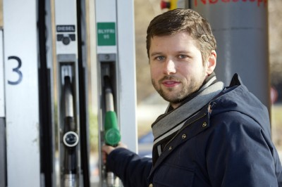 """Jan Petter Fedje of the competition authority """"Konkurransetilsynet"""" has been leading a study  of fuel pricing in Norway and intends to keep following the market, as does Finance Minister Siv Jensen. PHOTO: Konkurransetilsynet/Marit Hommedal"""