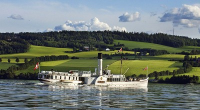 The veteran vessel 'Skibladner' has been plying the waters of Lake Mjøsa since 1856 but touched ground on Sunday. PHOTO: Skibladner