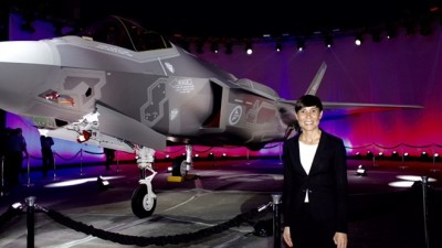 Defense Minister Ine Eriksen Søreide posed next to one of Norway's new F35 fighter jets on Tuesday. PHOTO: Forsvars departementet/Marita I Wangberg