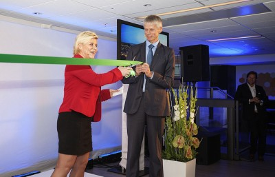 Finance Minister Siv Jensen opened the tax directorate's new offices shortly after she took office in 2013. Now she's getting ready to overhaul the entire tax system. PHOTO: Finansdepartementet/Bård Brinchmann Løvvig