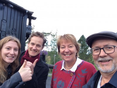 Veteran city politician for the Socialist Left party (SV), Marianne Borgen (second from right), has emerged as Oslo's new mayor after tough negotiations with Labour and the Greens. She's shown here with fellow SV negotiators Sunniva Holmås Eidsvoll, Per Østvold and Benjamin Larsen outside the post timber lodge called Østmarkseteren, where the political bargaining took place. PHOTO: SV