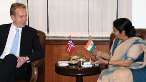Foreign Minister Børge Brende was also in New Delhi this week, and met with India's foreign minister, Sushma Swaraj. PHOTO: Utenriksdepartementet/ Veslemøy Salvesen